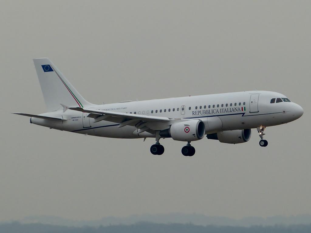 [Bild: airbusa319-100cjaeronddjto.jpg]