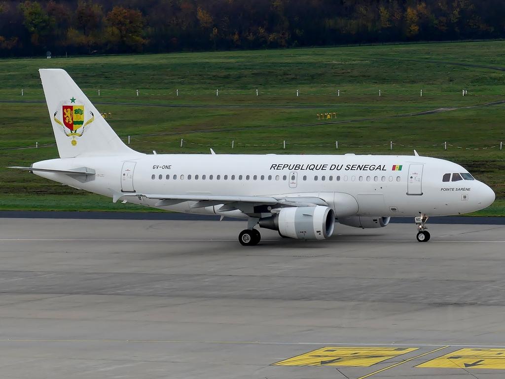 [Bild: airbusa319-100cjrepubx4qkr.jpg]