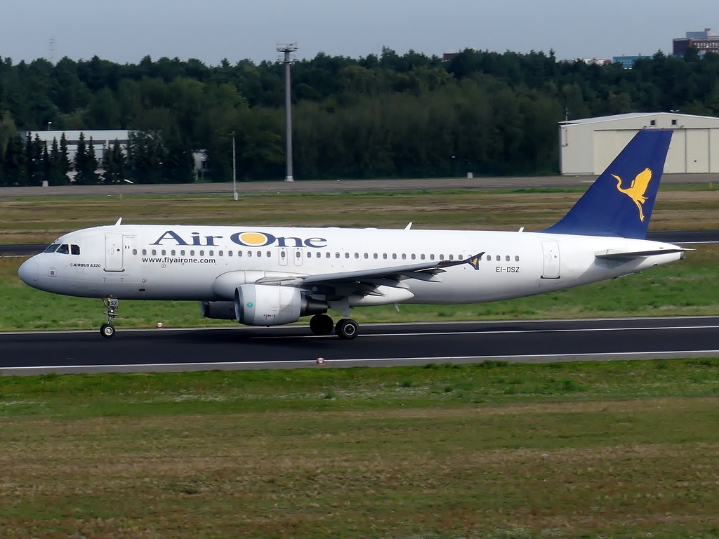[Bild: airbusa320-200aironea7zkxx.jpg]