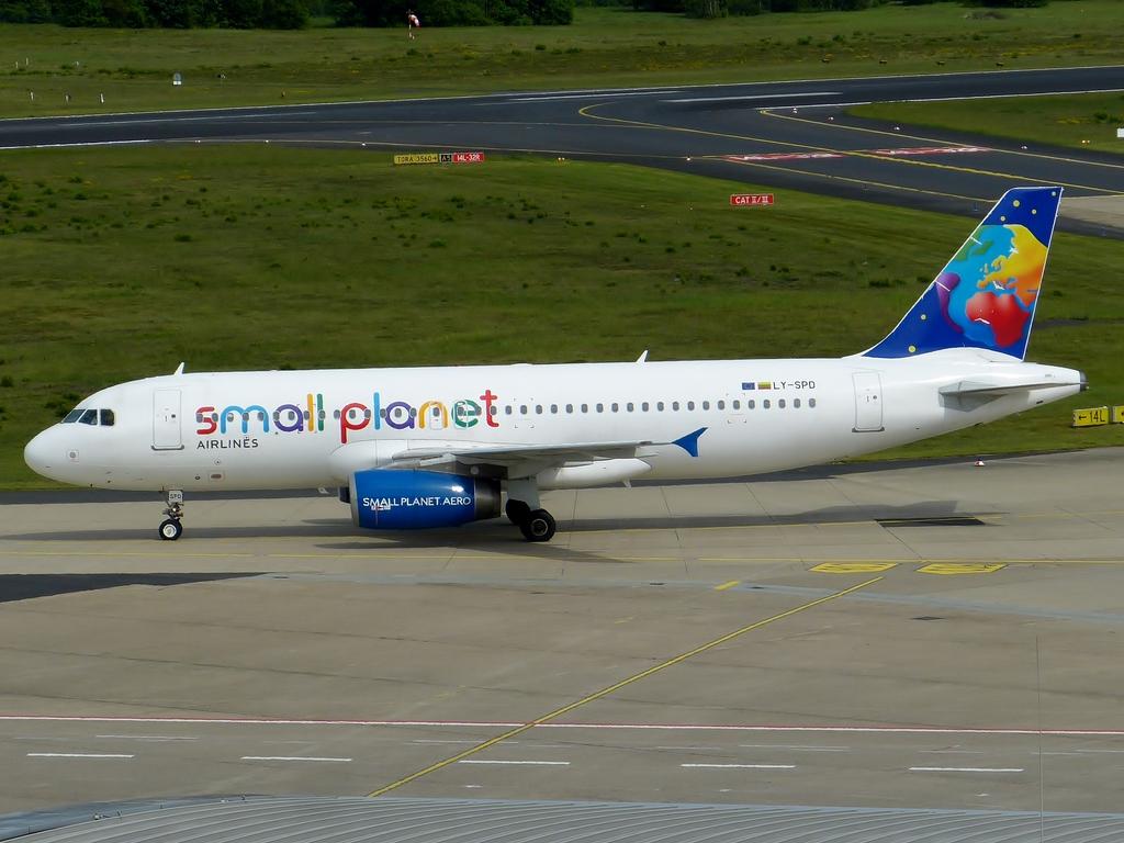 [Bild: airbusa320-200smallplfbsdq.jpg]