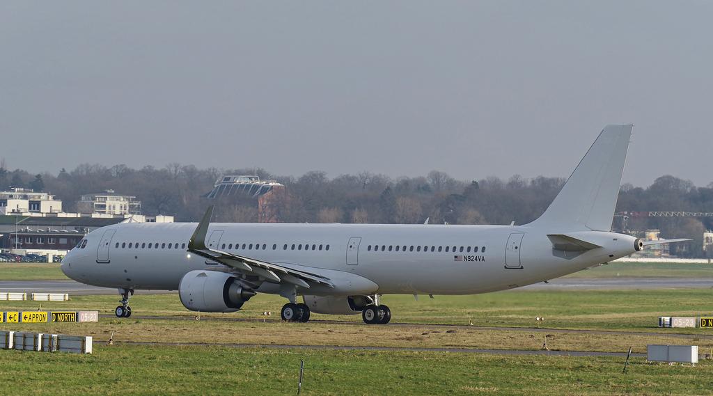 [Bild: airbusa321-253nn924vayhoef.jpg]