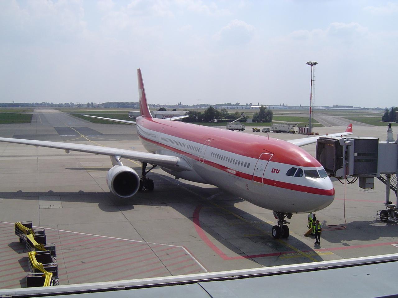 airbusa330-300ltuamgalsjiv.jpg