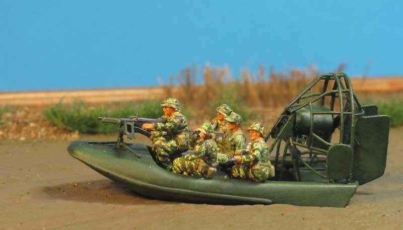 Tiger Stripe - Tarnuniform Vietnam 1/72 Aircat1-800f6k2d