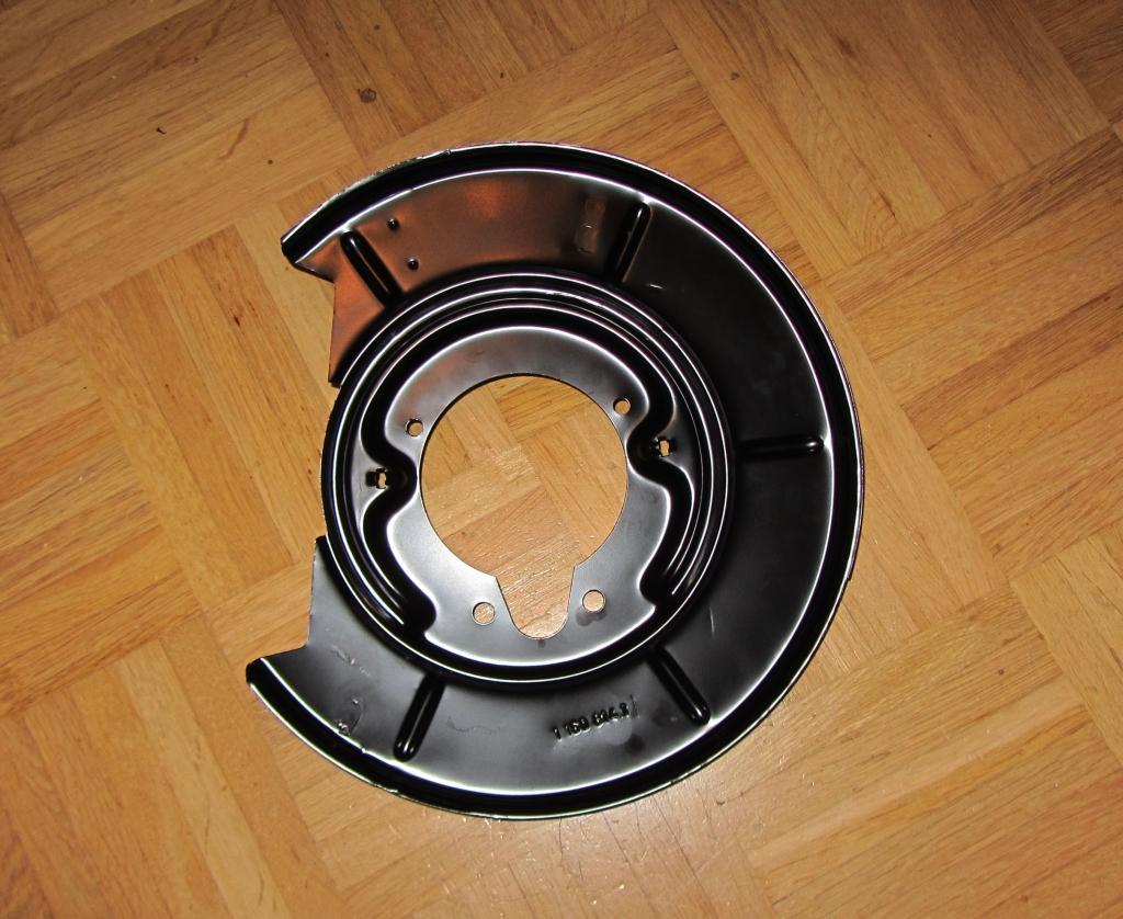 ankerbleche ohne radnabe ausbauen wechseln fahrwerk. Black Bedroom Furniture Sets. Home Design Ideas