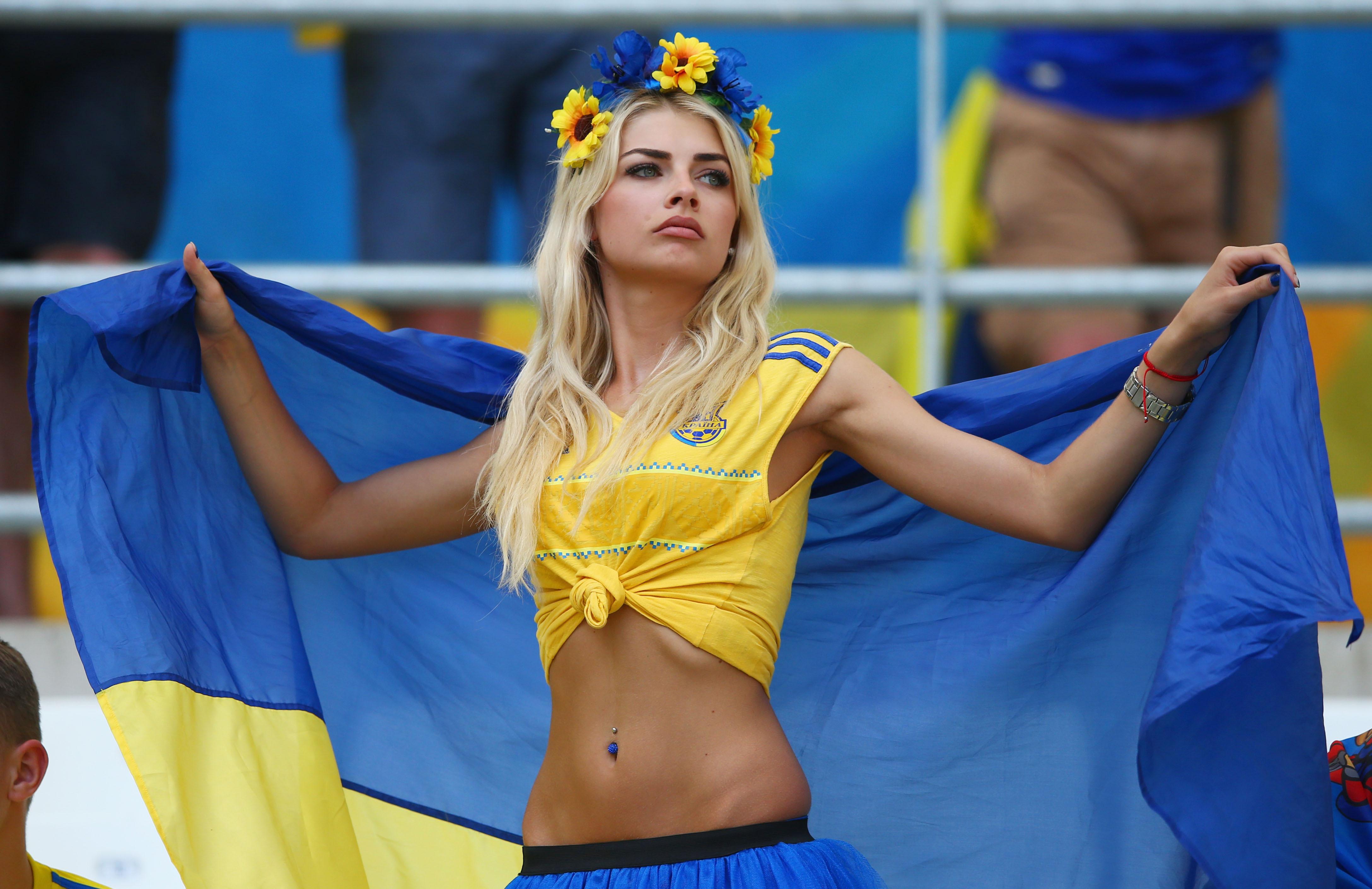 9-porno.ru Українські дівчата голі