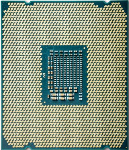 Core i9-7900X je až o 17% výkonnější než Core i7-6950X