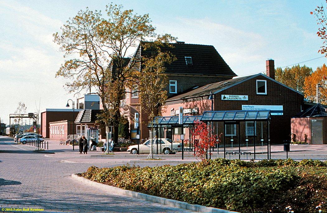https://abload.de/img/badbenrheimbahnhofsgeiyiu2.jpg
