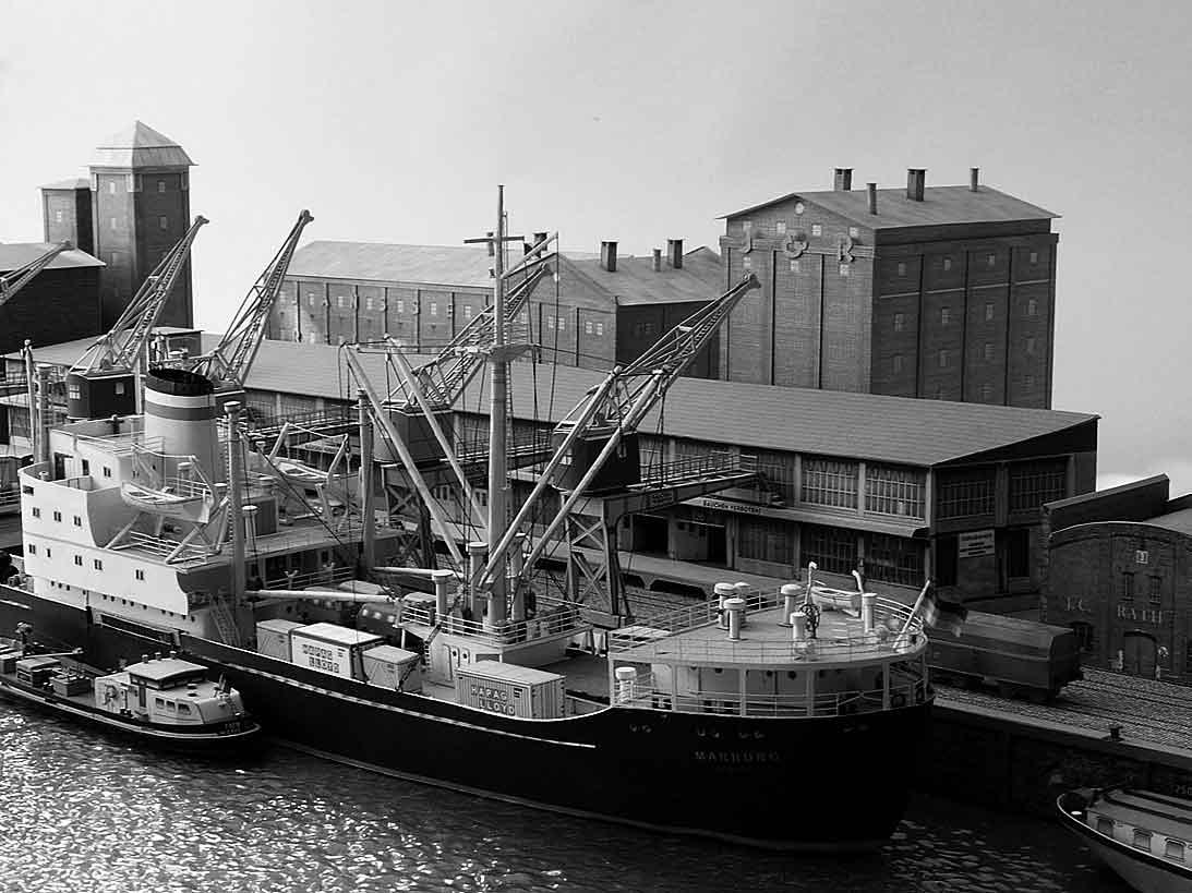 Un port - quelque part en Europe dans les années 60 Bild-0sljo3
