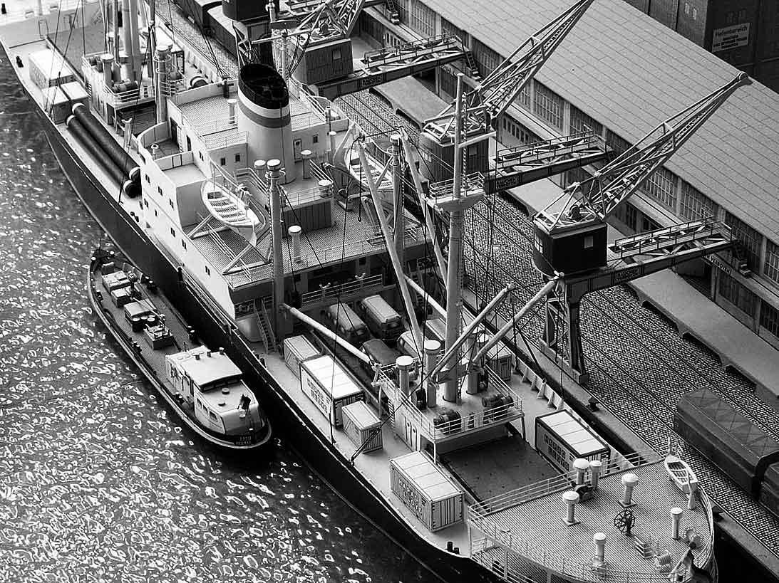 Un port - quelque part en Europe dans les années 60 Bild-1068j8u