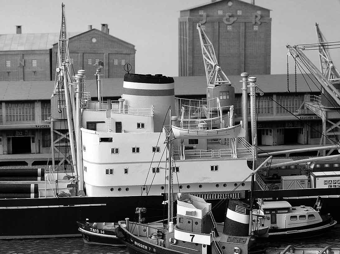 Un port - quelque part en Europe dans les années 60 Bild-2mokg6