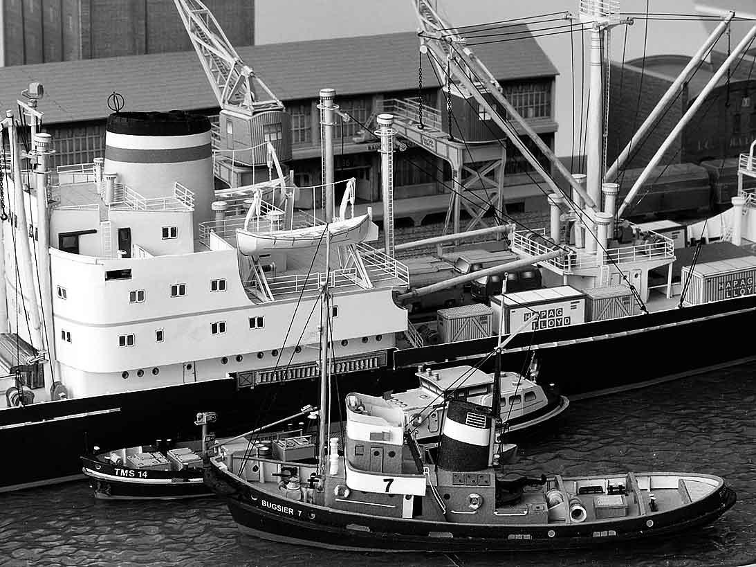 Un port - quelque part en Europe dans les années 60 Bild-3l1jpu