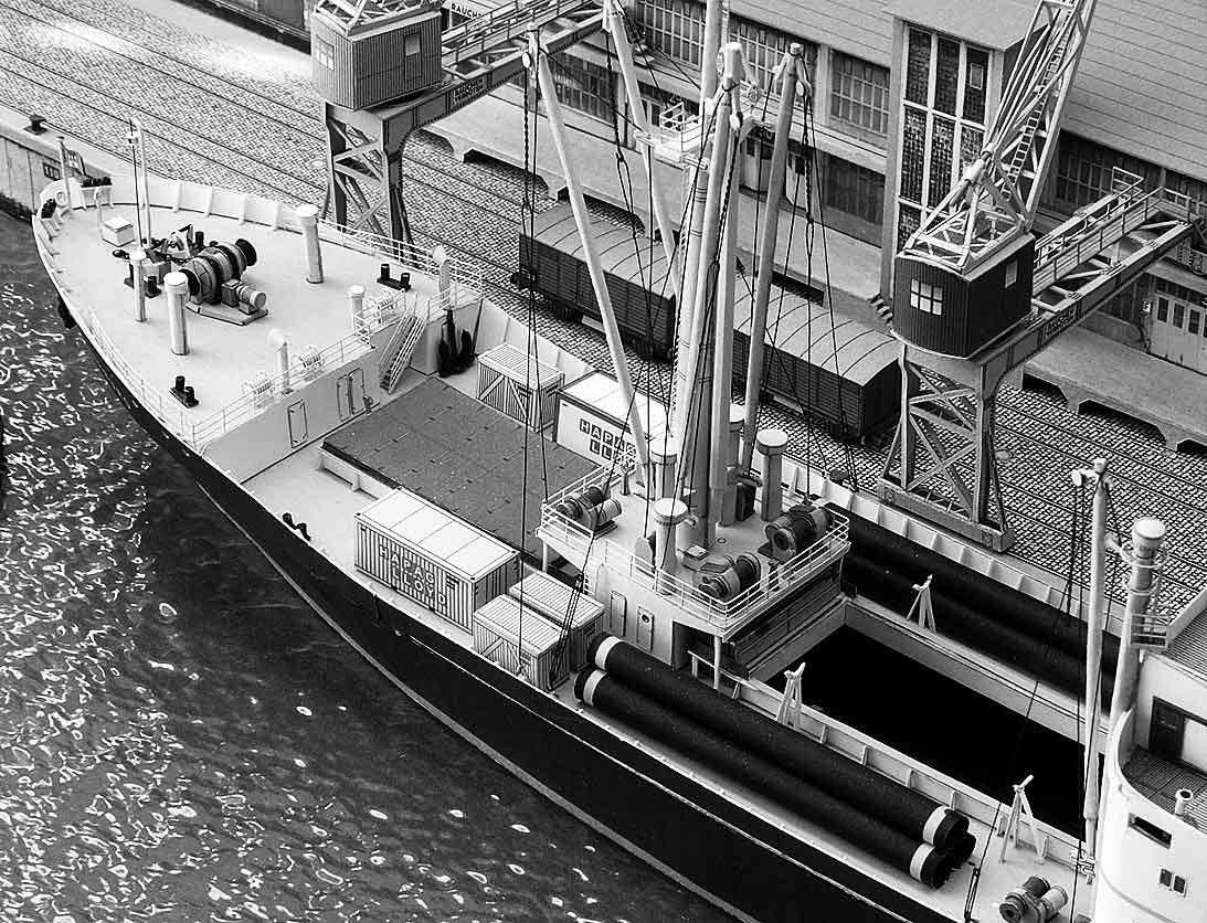Un port - quelque part en Europe dans les années 60 Bild-5xkkae