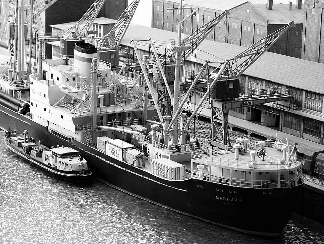 Un port - quelque part en Europe dans les années 60 Bild-6e2khh
