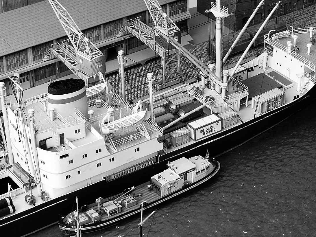 Un port - quelque part en Europe dans les années 60 Bild-736kh8