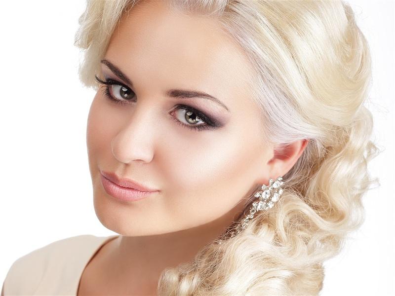 blonde-girl-braid-haiu4k4q.jpg