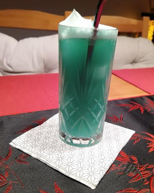 bluehawaiibujr9.jpg