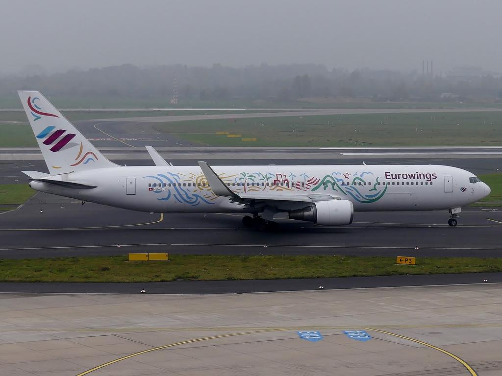 DUS 08.11.2017 Eurowings 767-300 - CGNCommunity