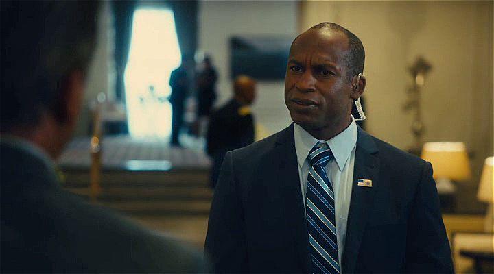 Max 2: Beyaz Saray Kahramanı Ekran Görüntüsü 2