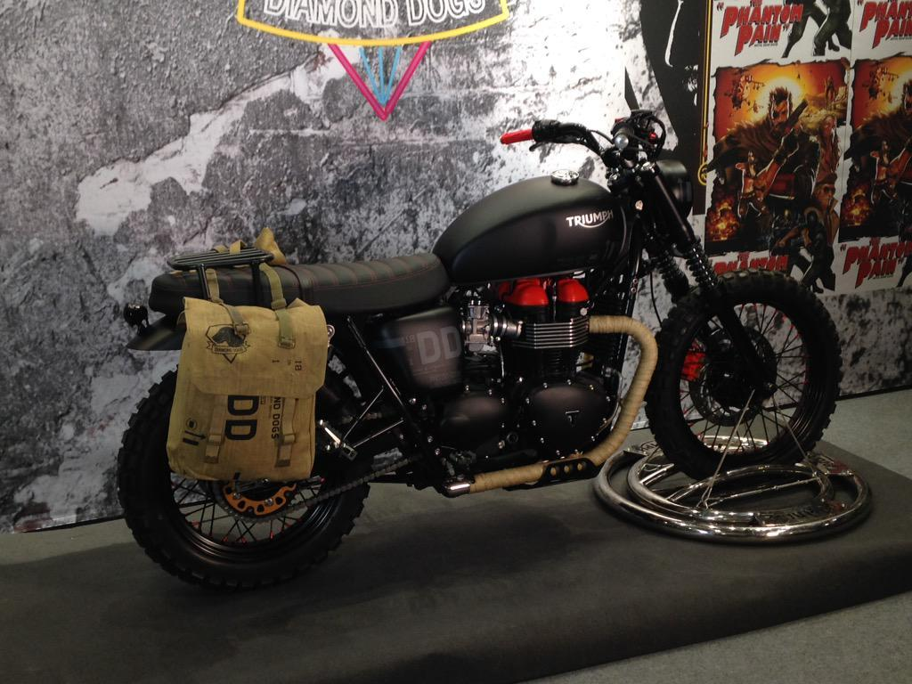 Mgsv The Phantom Pain S Triumph Motorcycle Unveiled Neogaf