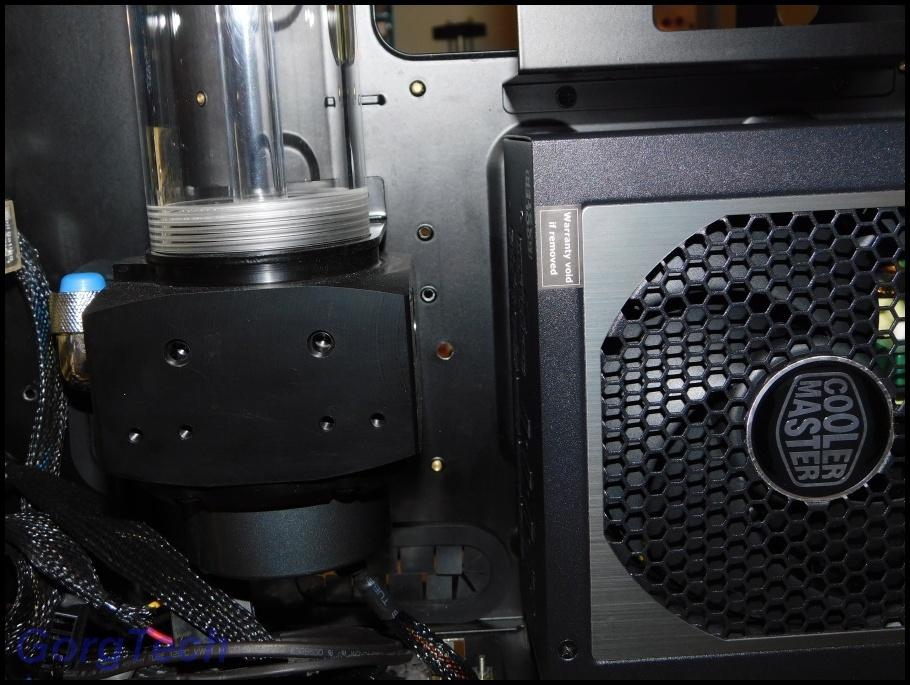 cooler-master-v550-13m2pbh.jpg