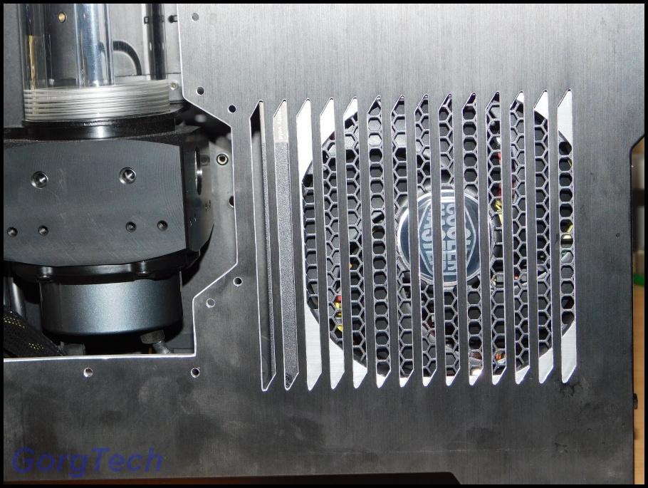 cooler-master-v550-153gqpv.jpg