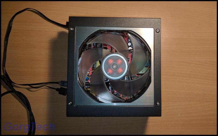 cooler-master-v550-moppj8r.jpg