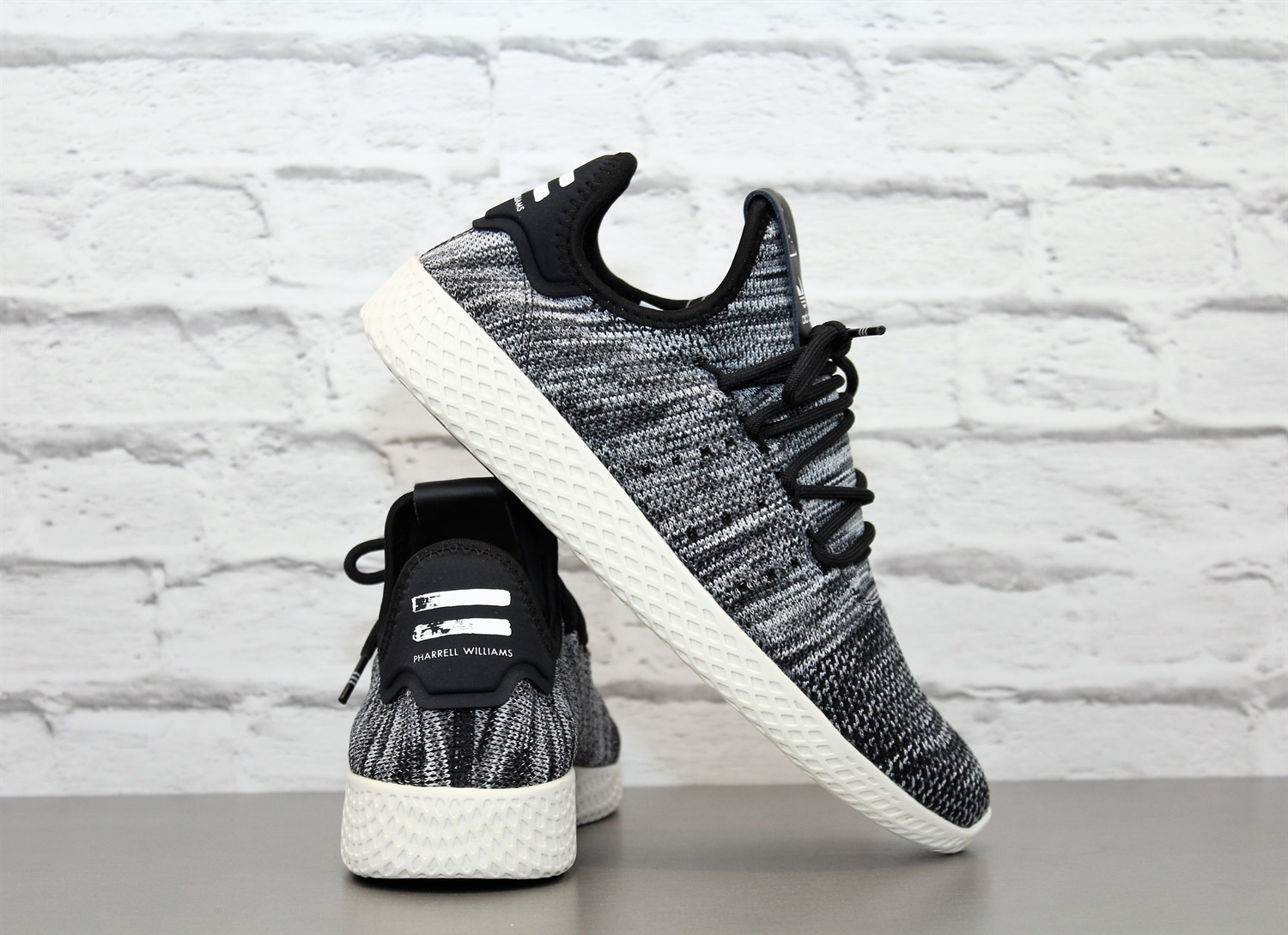 61cd7e167f9cd Adidas PW Tennis Hu Pk cq2630 Trainers Pharrell Williams Shoes NEW ...