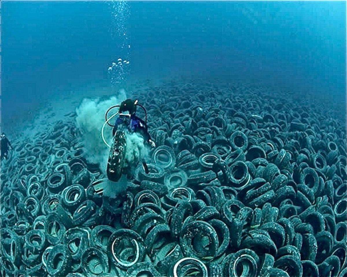 https://abload.de/img/day23-oceanpolution-7fjskh.jpg