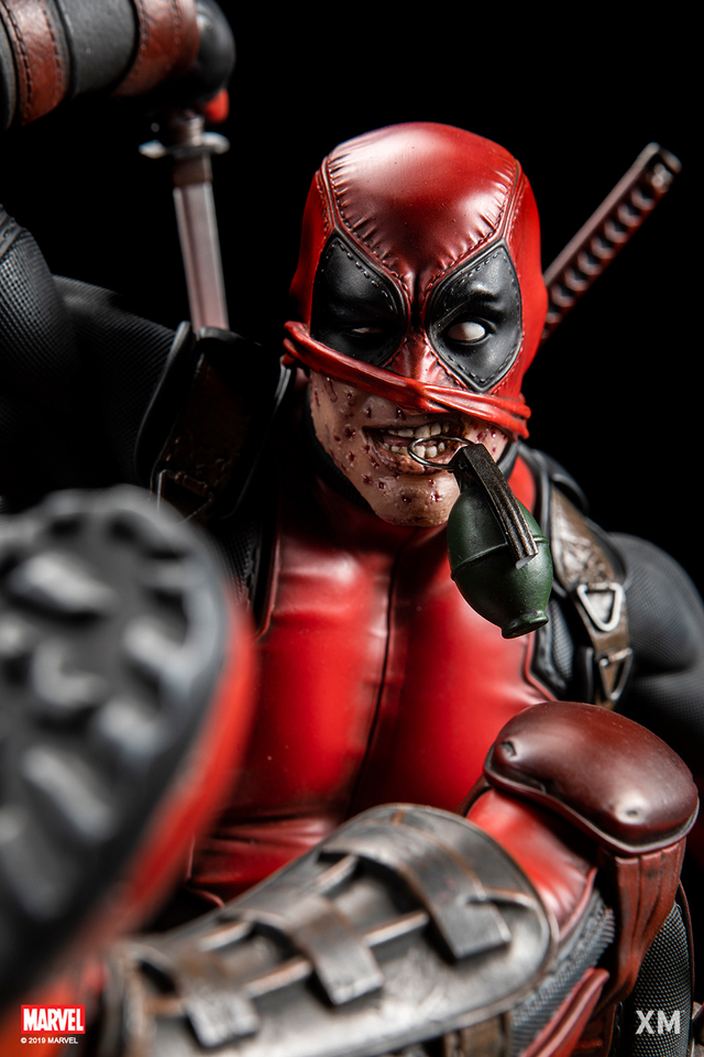 Premium Collectibles : DeadPool ** Db04zojw2