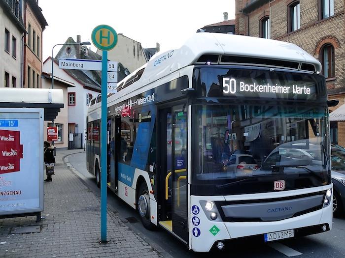 dbregiobuswasserstoffiakbr.jpg