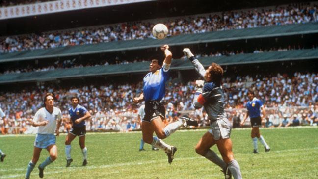 diego-maradona-scores0eoz0.jpg