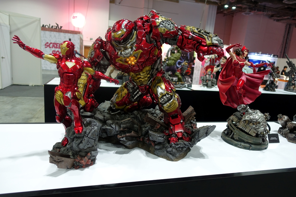 Premium collectibles : Hulkbuster** - Page 3 Dsc001263wk83