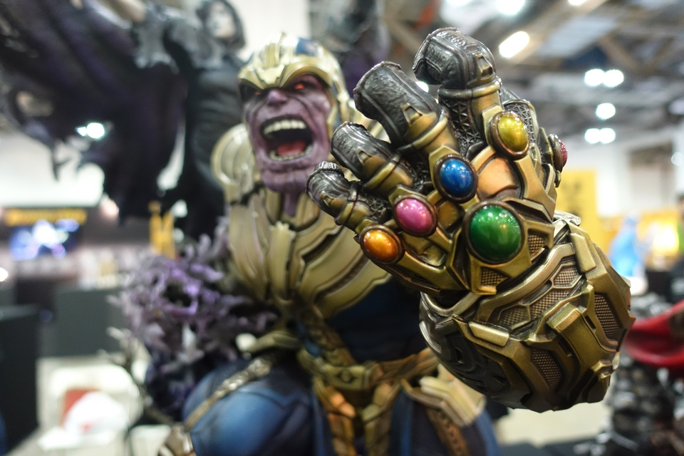 Premium Collectibles : Thanos and Lady Death Dsc01525zzj96