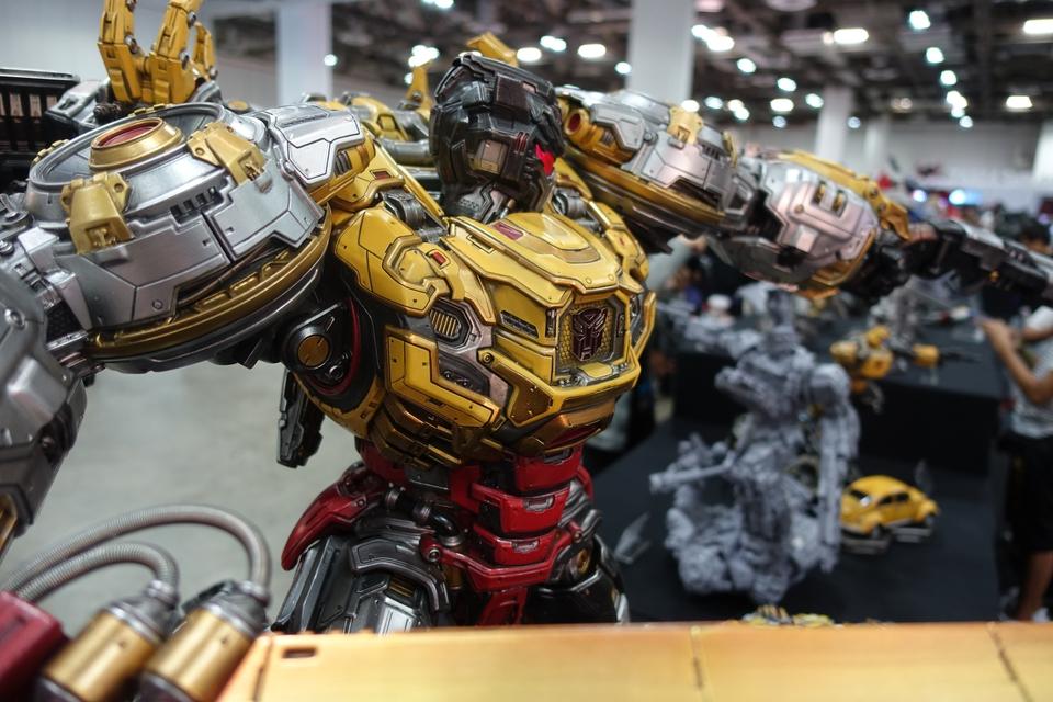 Premium Collectibles : Transformers - Grimlock (G1) Dsc01895s4kw2