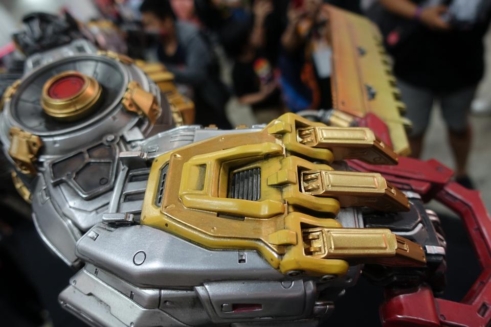 Premium Collectibles : Transformers - Grimlock (G1) Dsc01897hfjgv