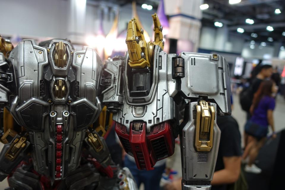 Premium Collectibles : Transformers - Grimlock (G1) Dsc019043rjma