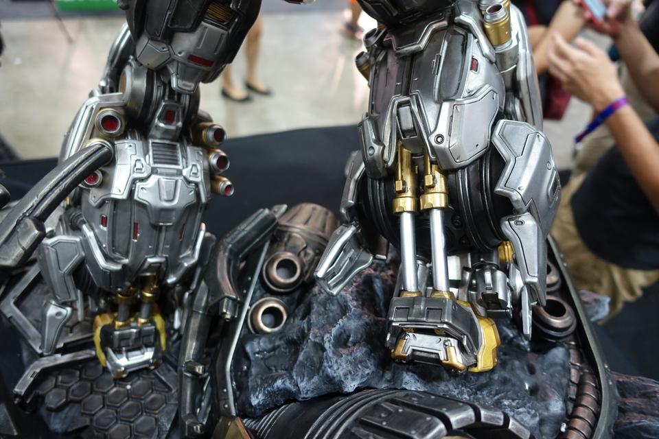 Premium Collectibles : Transformers - Grimlock (G1) Dsc01905t2jhz
