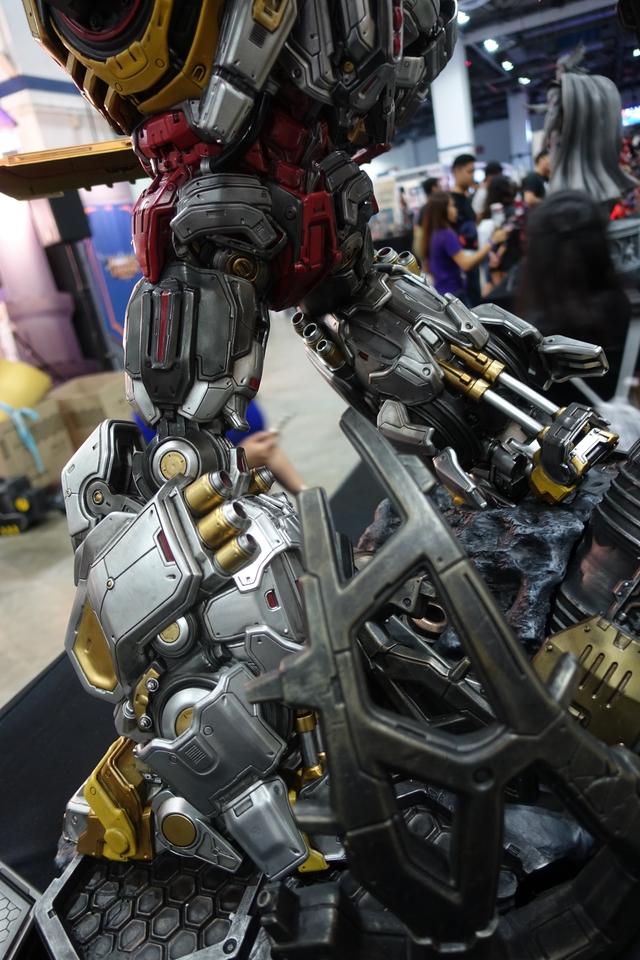 Premium Collectibles : Transformers - Grimlock (G1) Dsc01908pnjob