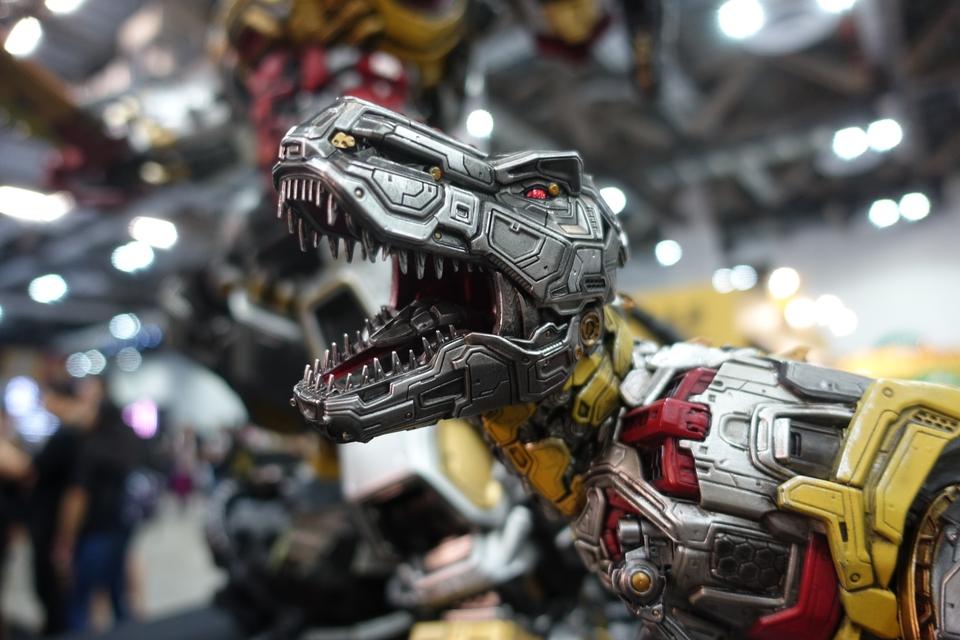 Premium Collectibles : Transformers - Grimlock (G1) Dsc019138lk18