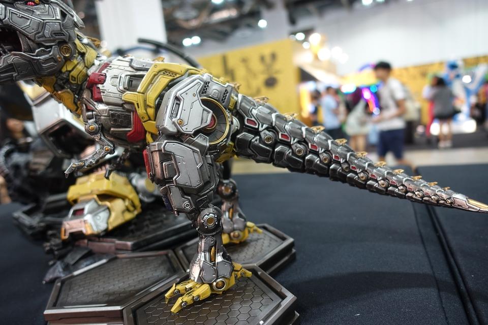 Premium Collectibles : Transformers - Grimlock (G1) Dsc019148qkb5