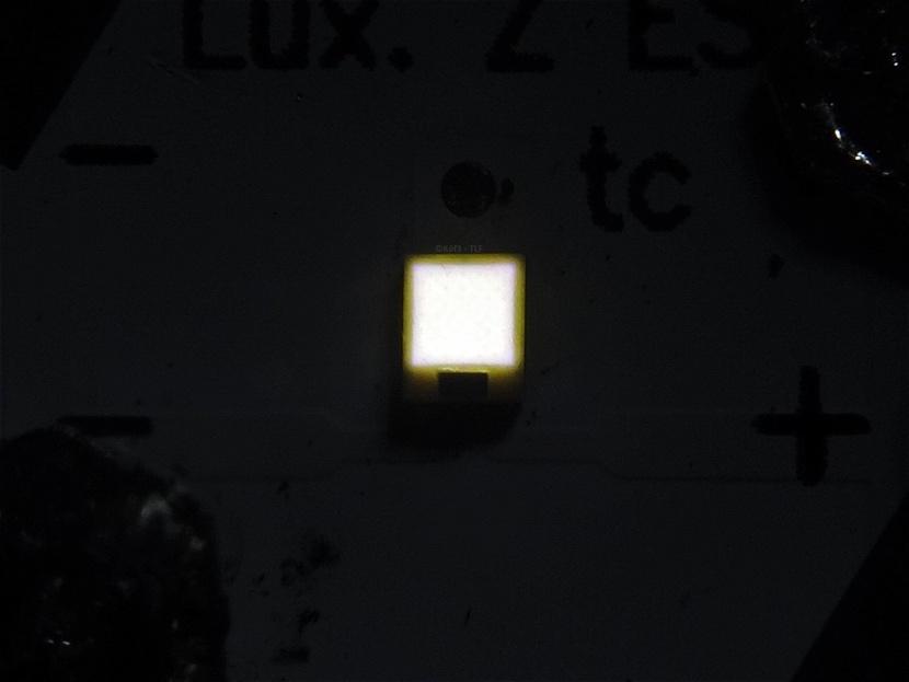dsc02587-luxeonzes-lelvs7p.jpg