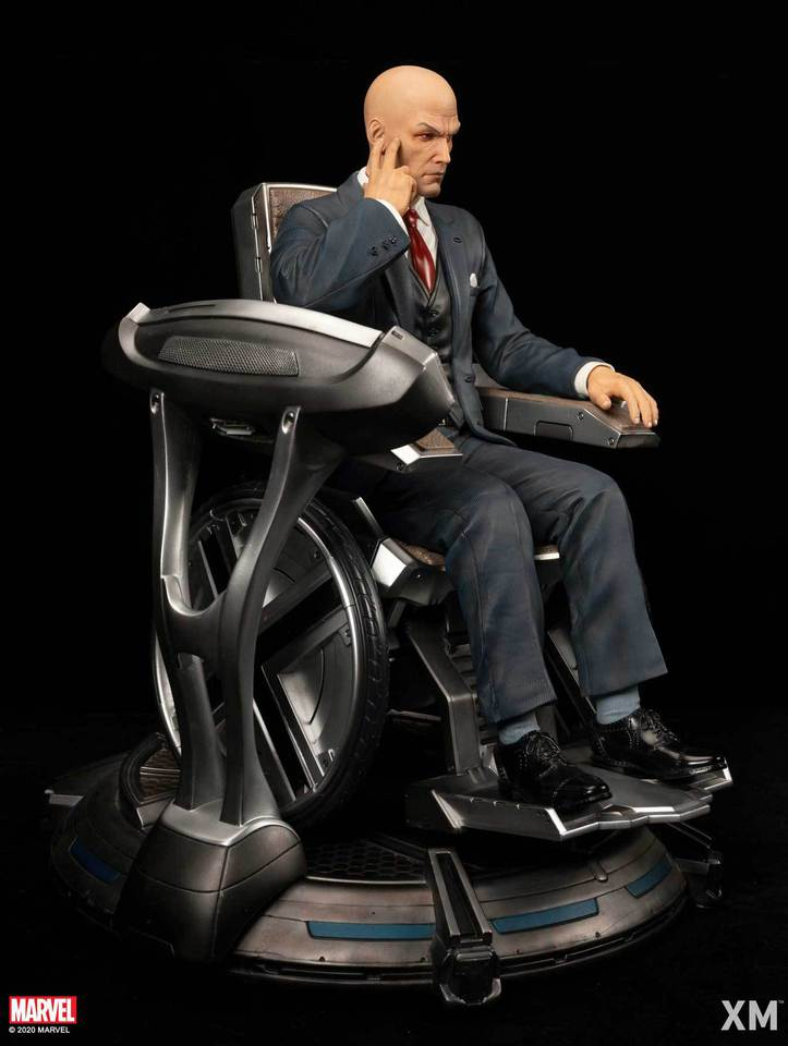 Premium Collectibles : Professor X** Dsc48564zk56