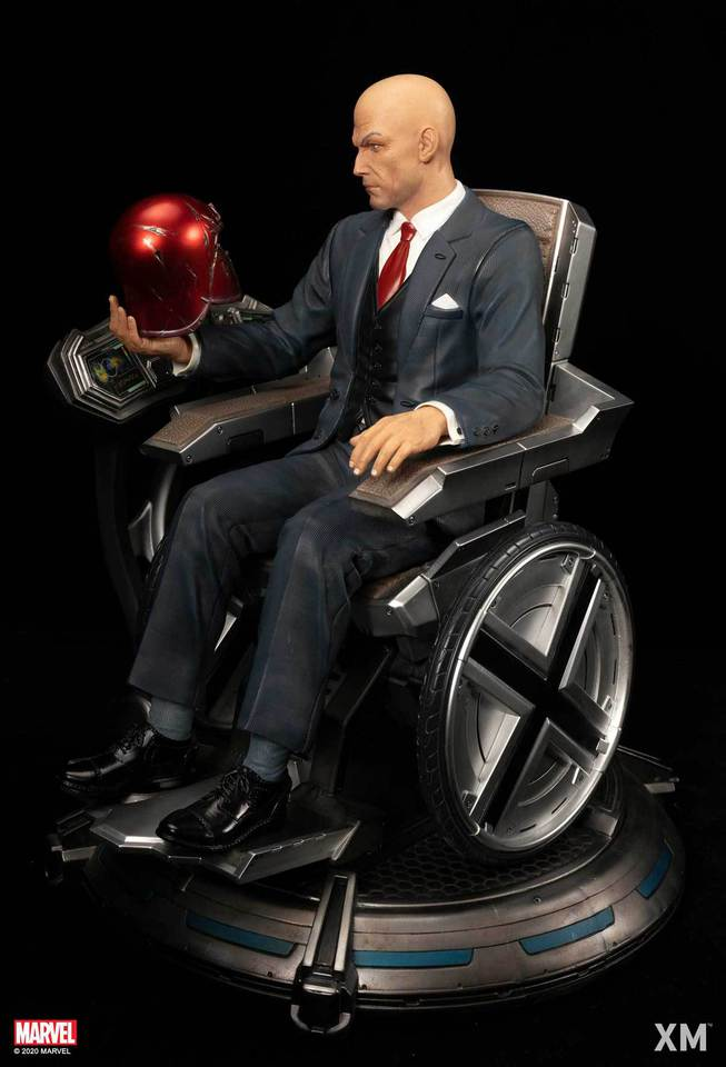 Premium Collectibles : Professor X** Dsc48790djuv