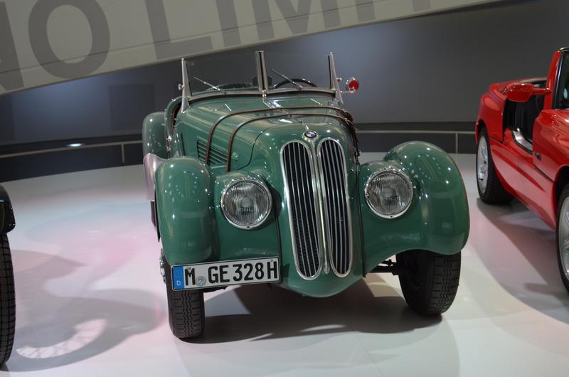 Ein Besuch im BMW-Museum Dsc_01191zvj00