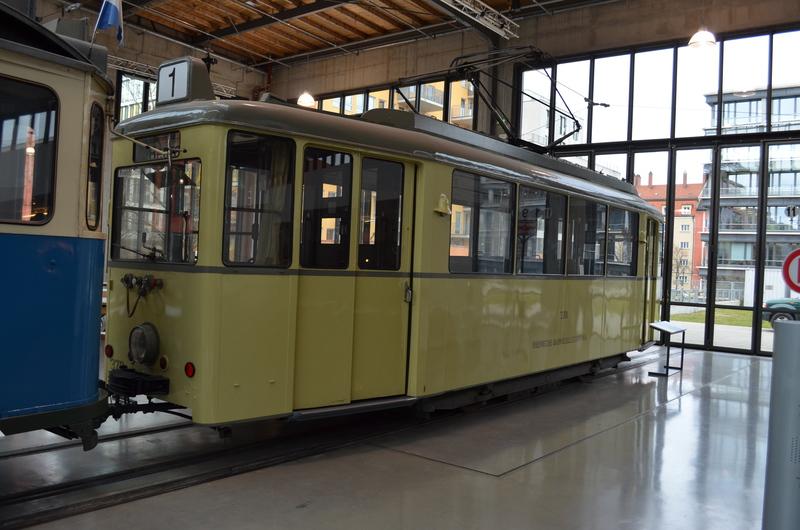Ein Besuch im Deutschen Museum - Verkehrstechnik Dsc_0137ufbus