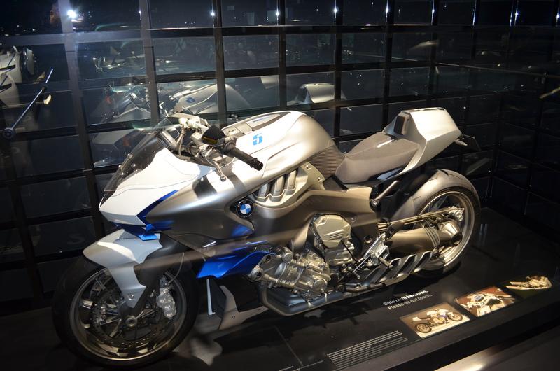 Ein Besuch im BMW-Museum Dsc_017417dkws