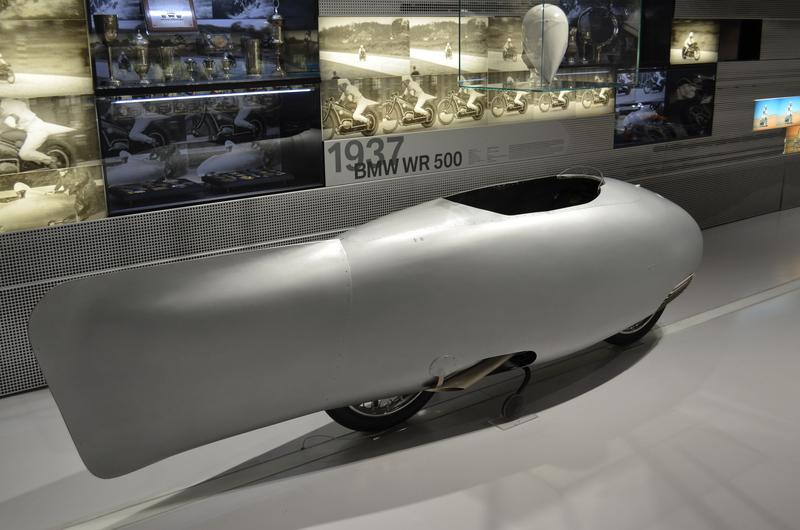 Ein Besuch im BMW-Museum Dsc_018518pjol