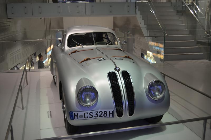 Ein Besuch im BMW-Museum Dsc_021019qk2z