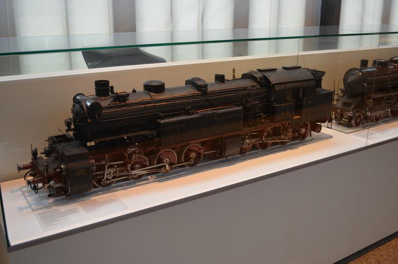 Ein Besuch im Deutschen Museum - Verkehrstechnik Dsc_0237ufa8q