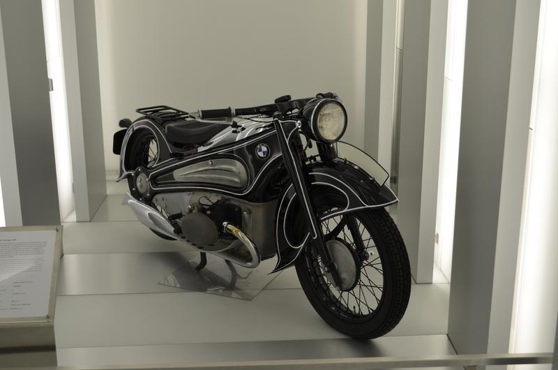 Ein Besuch im BMW-Museum Dsc_02441fujgj